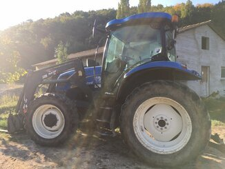 Tracteur agricole New Holland T6010 . - 2